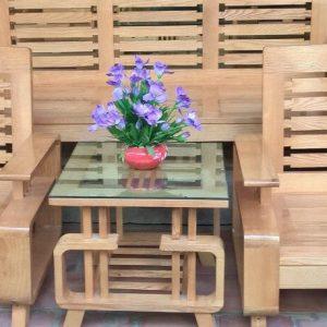 Bàn ghế gỗ tựa