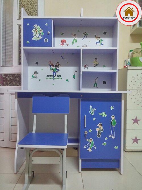 Bộ bàn ghế gỗ trẻ em màu xanh lam