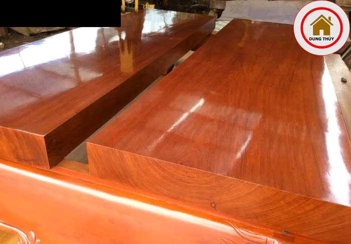 bàn ghế gỗ gõ đỏ Uganda có tốt không