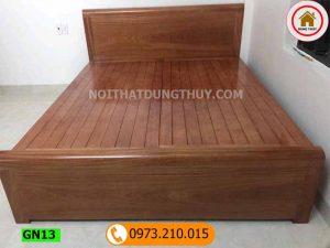Giường ngủ gỗ xoan đào mặt nan màu óc chó GN13