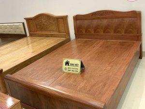 Giường ngủ kiểu truyền thống gỗ hương đá GN23