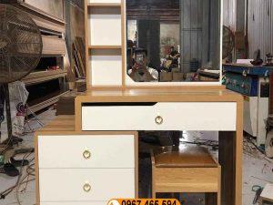 Bàn trang điểm 3 ô 3 ngăn kéo gỗ công nghiệp BTD14